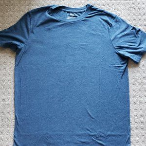 Urban Pipeline Awesomely Soft Ultimate T-Shirt, L